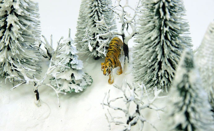 Model of Siberian tiger in the winter