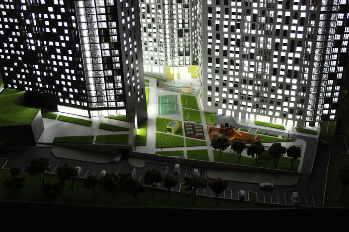 Lighting of 3 buildings on the model of a residential complex in Tula