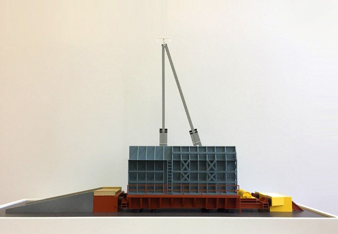 Model of seismic platform - photo